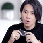山下智久「eスポーツはじめてみた!」プレーの様子チラ見せ オニツカタイガー「TOMO'S GAME ROOM」ティザー動画